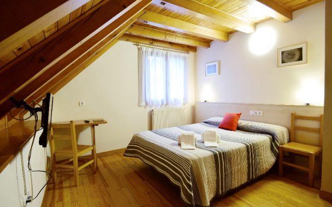 hostal-ezkaurre-isaba-habitaciones (1)