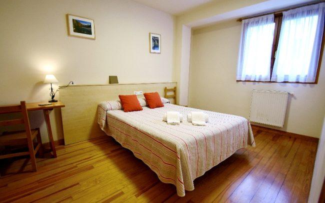 hostal-ezkaurre-isaba-habitaciones (11)